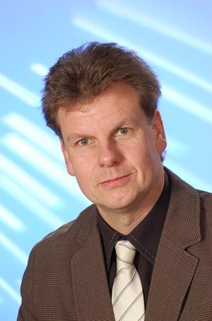 Ernst Scharr,Rechtsanwalt, Help-Akademie Dozent für den Bereich Recht und Verträge