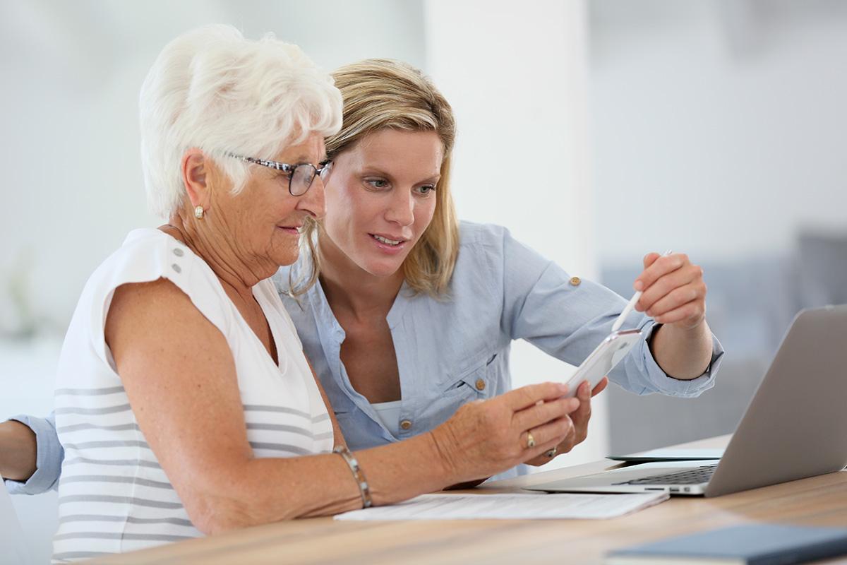 Vertrauen zu SeniorenExpertin und Gesellschafterin Akademie HELP